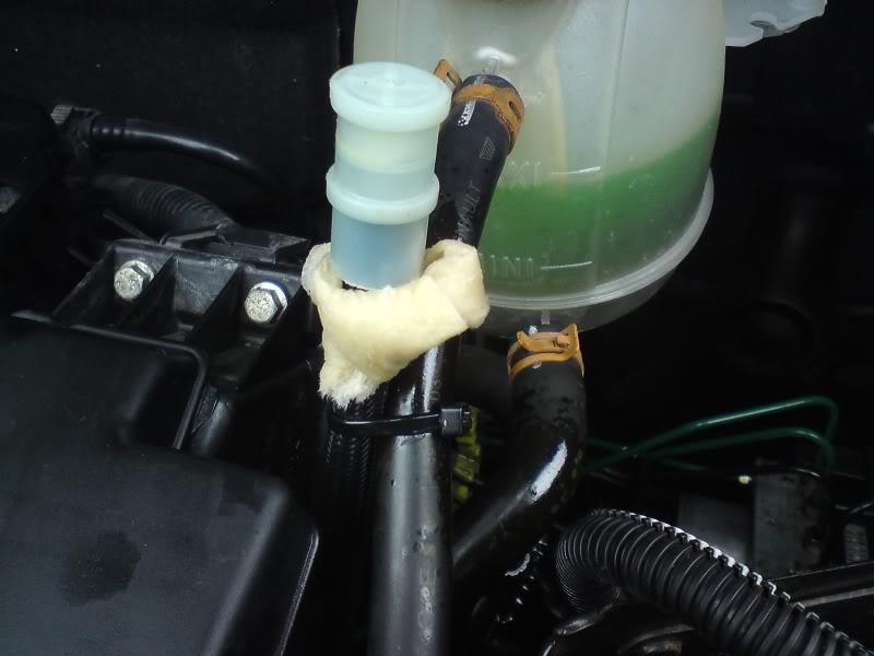 Oil Leak from breather Valve - 1 2 | ClioSport net