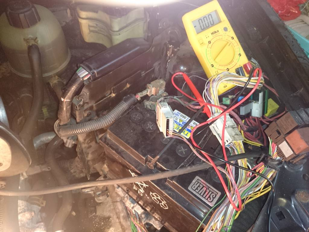 Wiring Diagram Needed Clio 2 172 Renault Loom 0bcf690ee7e87460a6848135c967afc6