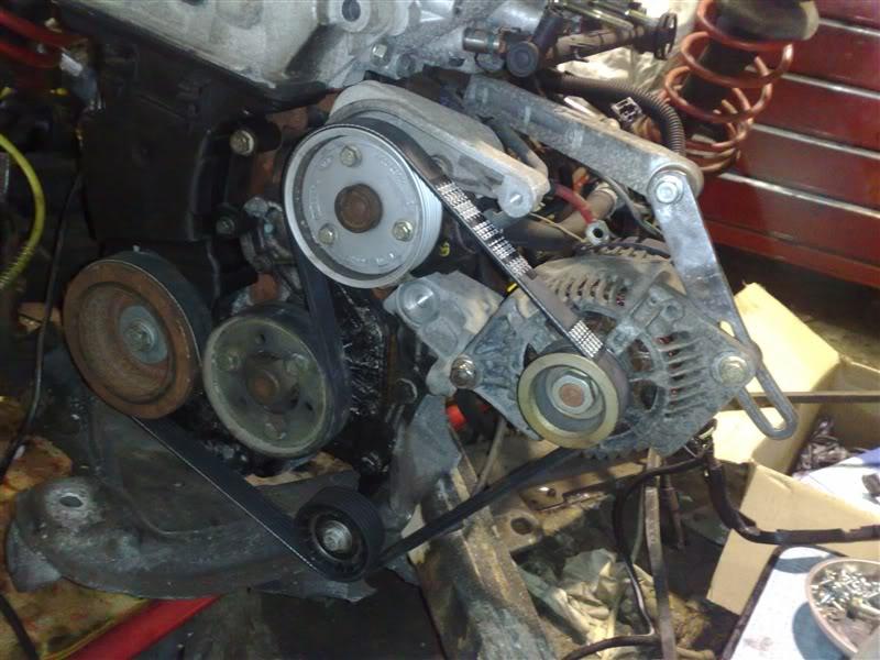 alternator brackets. renault sport Clio 172 182 power steering