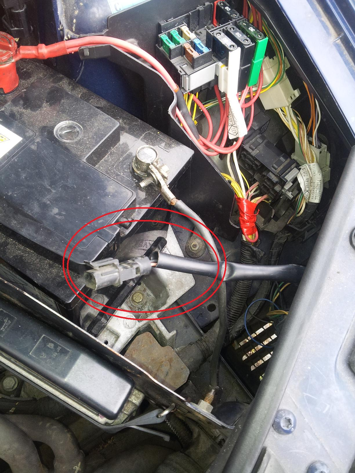 Renault Megane 07 Fuse Box Simple Guide About Wiring Diagram Engine Clio Under Bonnet 34