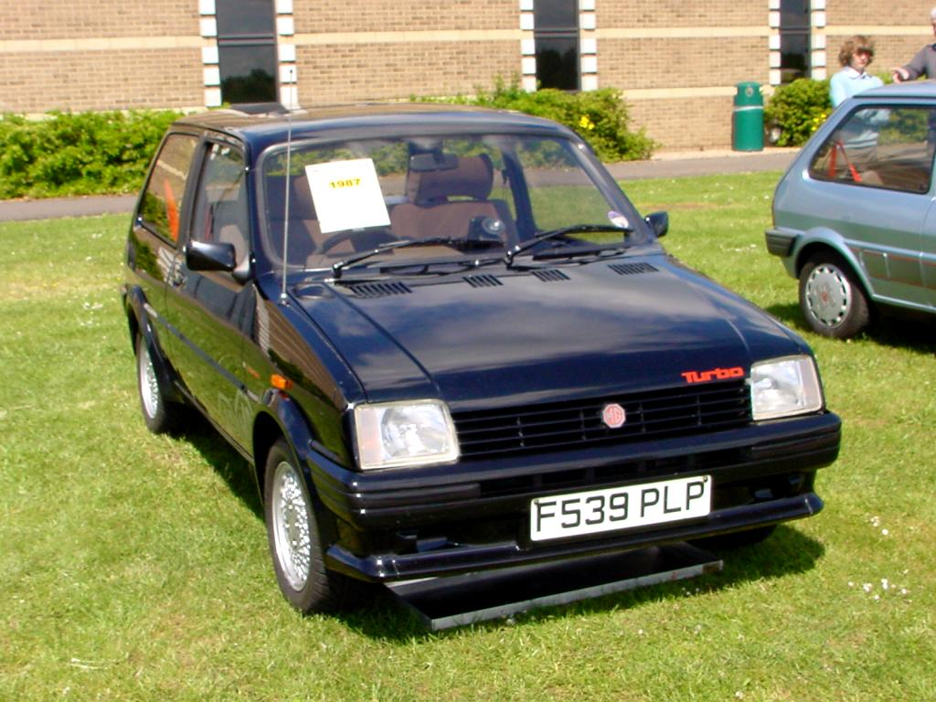 225_-_January_1989_black_MG_Metro_Turbo.jpg