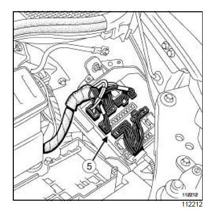 renault clio 3 fuse box location with Renault Megane Ii Wiring Diagrams Download on Renault Kangoo Fuse Box Location 2010 additionally Renault Clio Wiring Diagram furthermore 06 F250 Fuse Box Diagram additionally Clio Mk3 Engine Fuse Box additionally Manual.