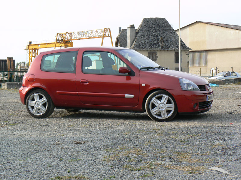 my clio dci 80 from france rs spirit. Black Bedroom Furniture Sets. Home Design Ideas