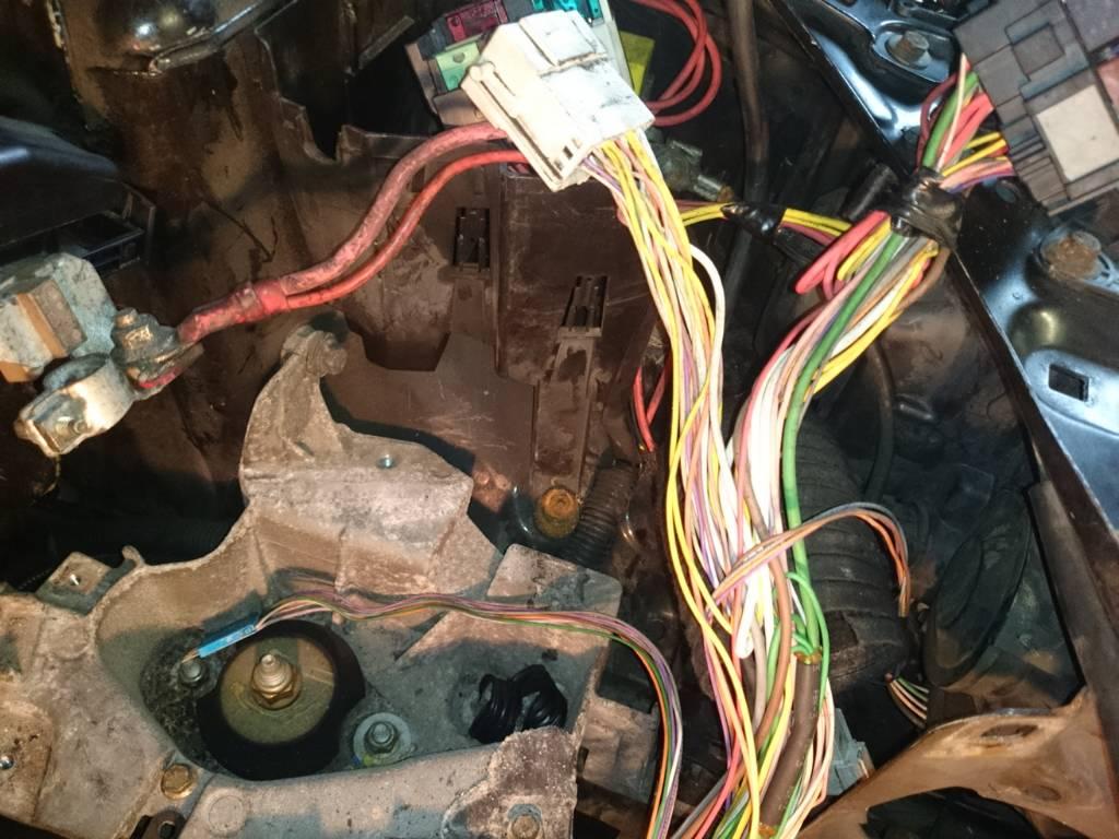 Wiring Diagram Needed Clio 2 172 Renault Loom 8cdadcfd342b0735ed7e4d45a3b8ab4e