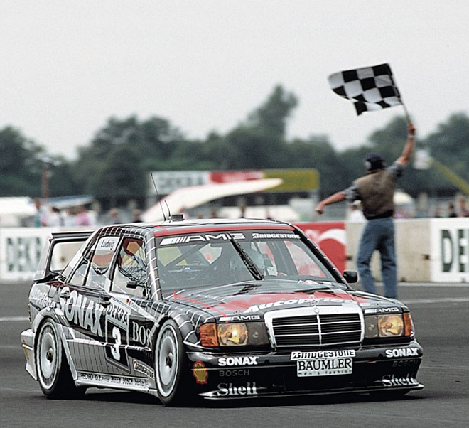 assic_virtueller-rundgang_exponate_AMG-Mercedes190-E-2-5-16-Evolution-II-DTM-Tourenwagen_660x602.jpg