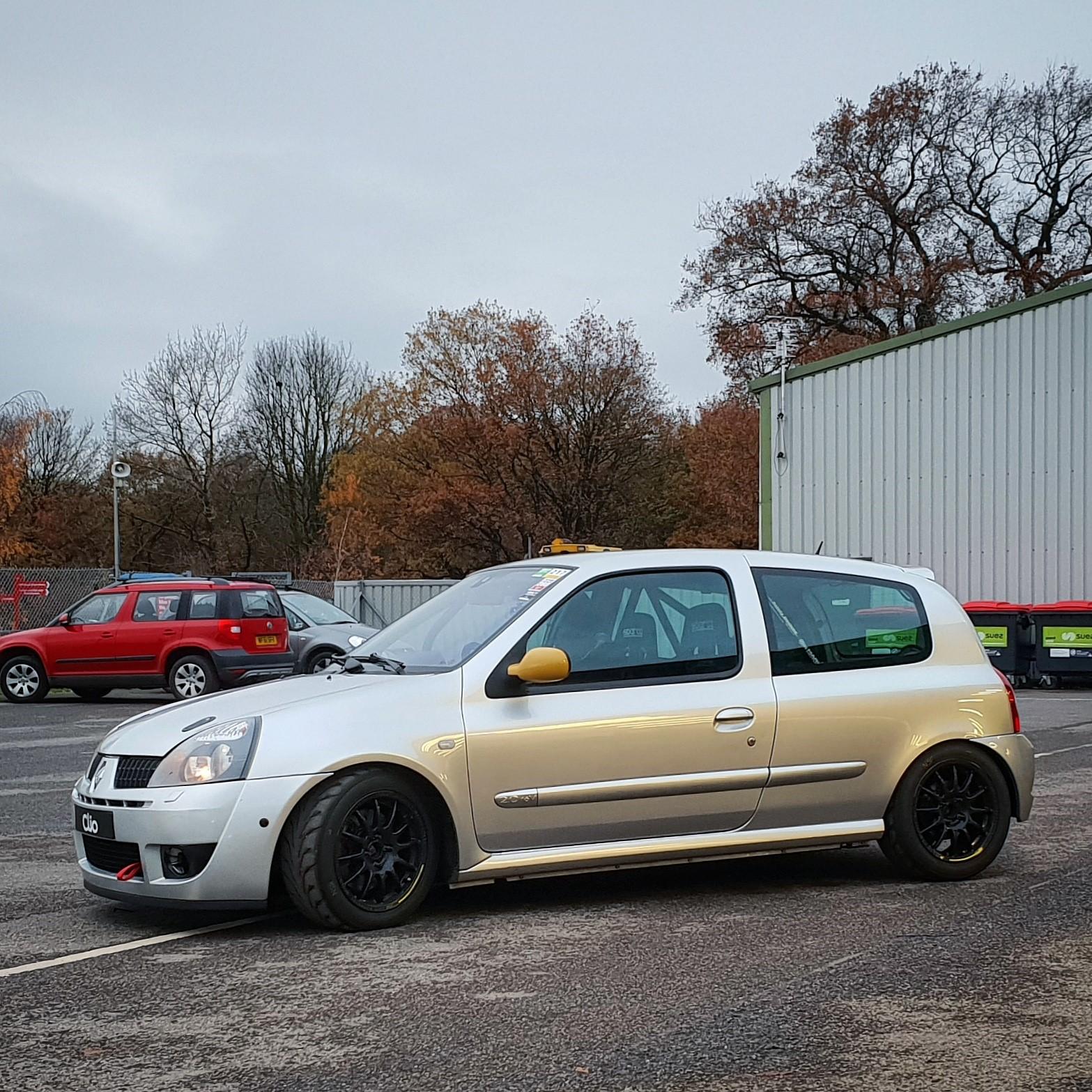 Clio 01.jpg
