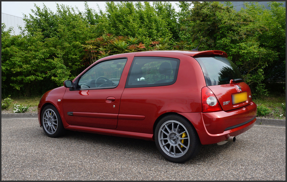 Clio%20RS172%20GV%202_zps4couaylp.jpg