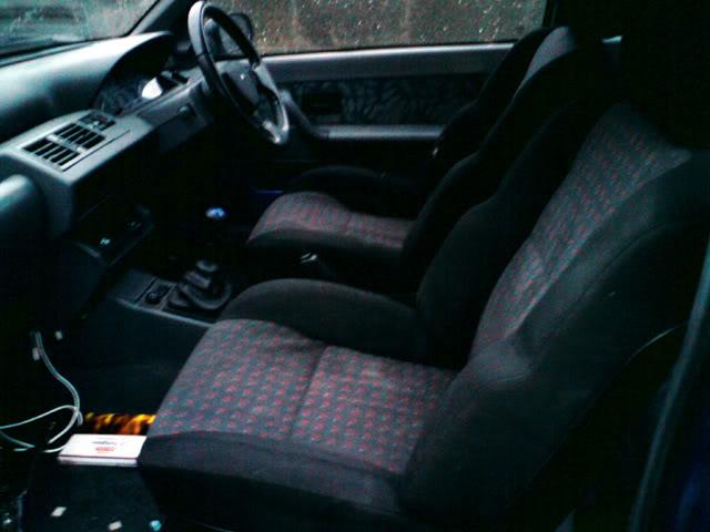 clio-seats.jpg
