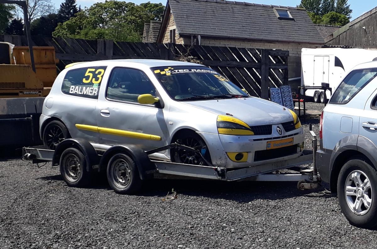 Clio182RaceCollect2.jpg