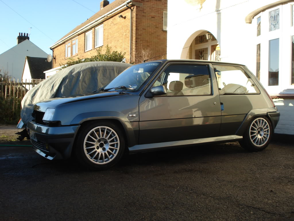 renault 5 gt turbo car of the day 1989 renault 5 gt turbo. Black Bedroom Furniture Sets. Home Design Ideas