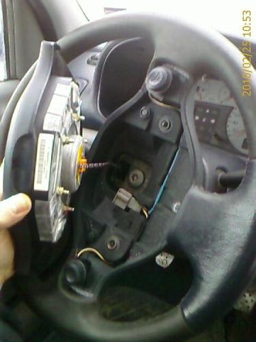photo of ph1 steering wheel w airbag off