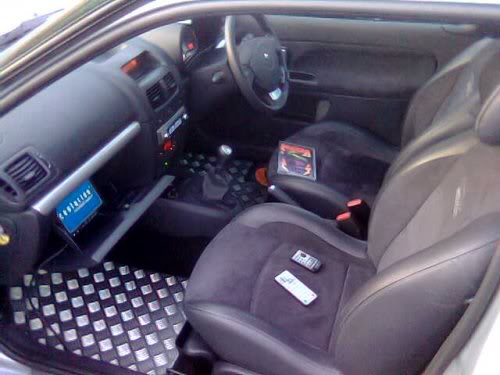 Interior_withDVD.jpg