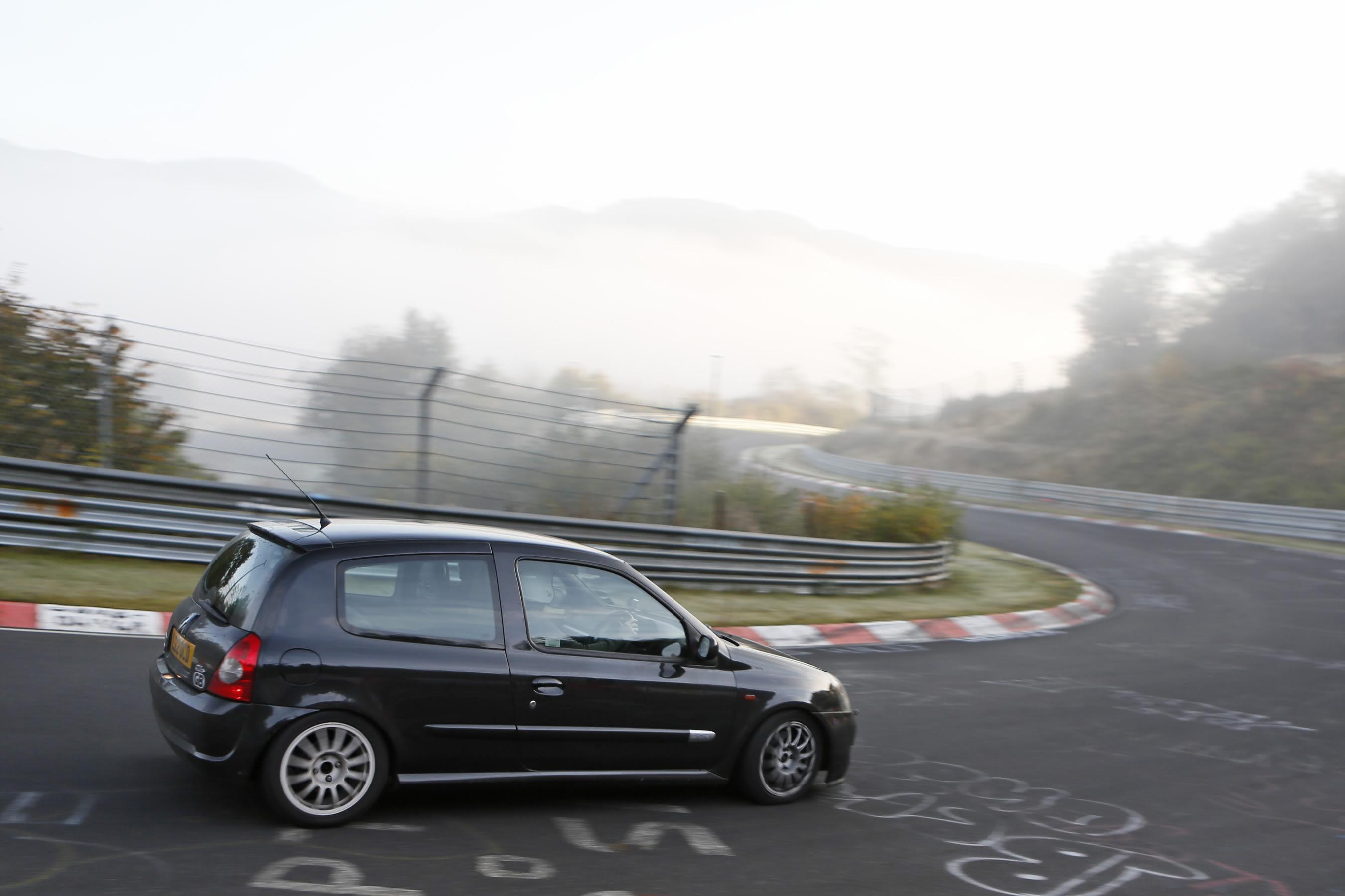 les-ring-downhill-4.jpg
