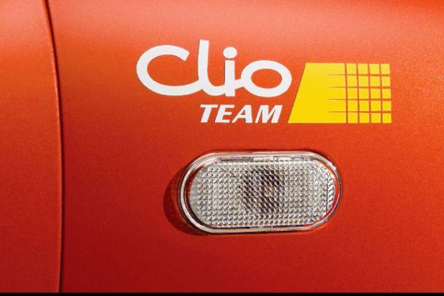 normal_clio_rs_team_1.jpg