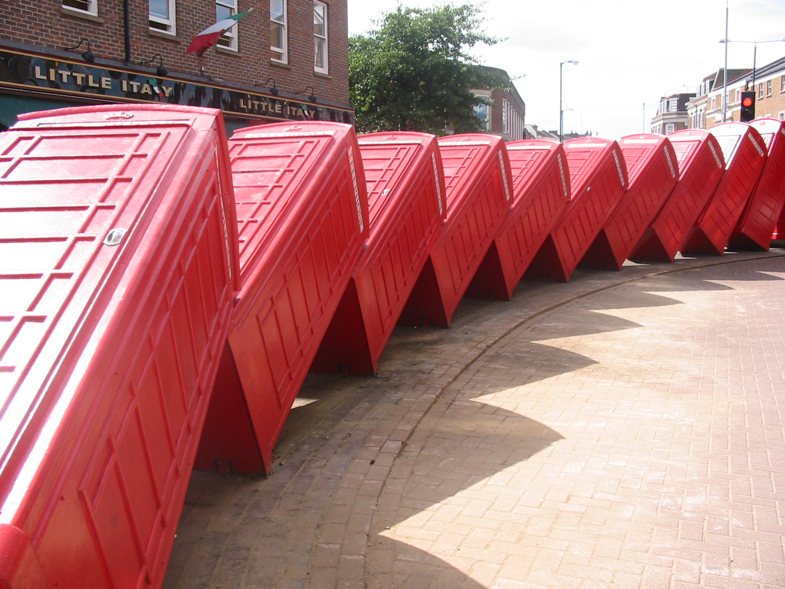 phoneboxes-phone-box-red-stacked-domino-in-London-Kingston-England-RF.jpg