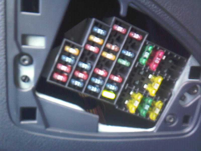 182 cup fuse box cliosport net rh cliosport net renault clio fuse box under bonnet renault clio fuse box 2006