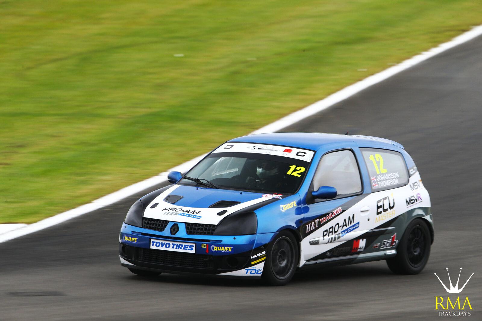 Renault Blue Clio-01.jpg