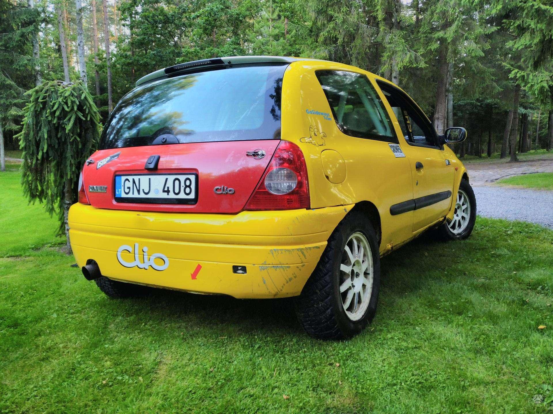 renault-clio-2-0-l-hecbekas-2001-benzinas (1).jpg