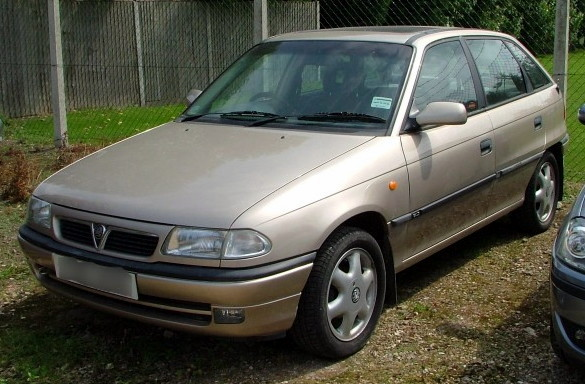 Vauxhall-Astra-Mk3.jpg