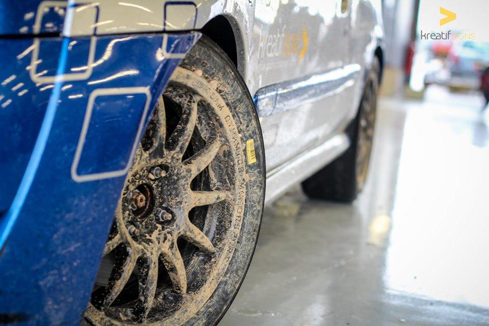 WheelGravel.jpg